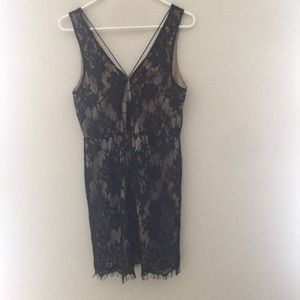 Tobi Dresses Nwot Delores Paisley Crochet Shift Dress